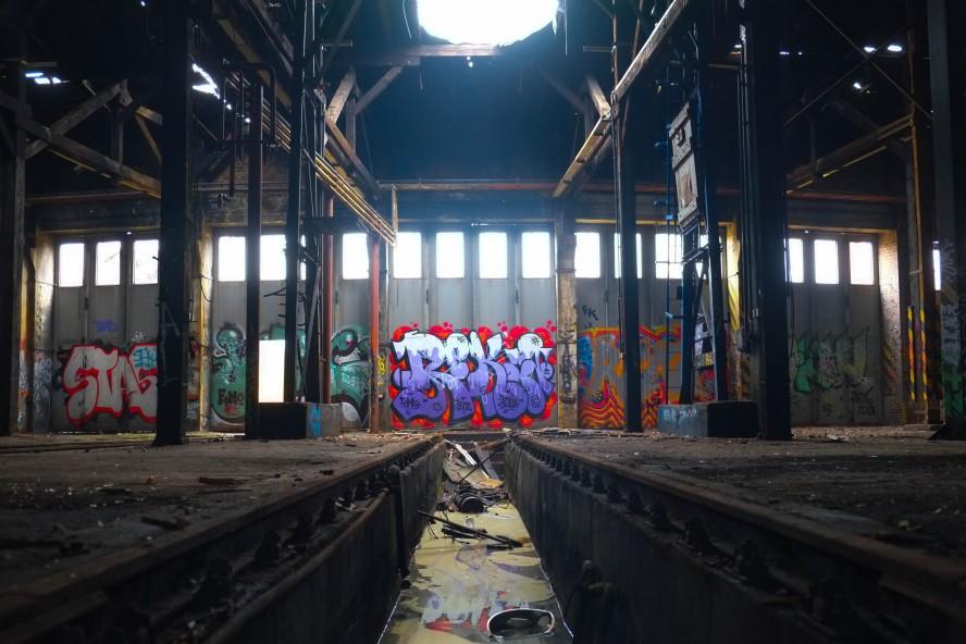 bahnbetriebswerk-pankow-heinersdorf-graffiti-reki