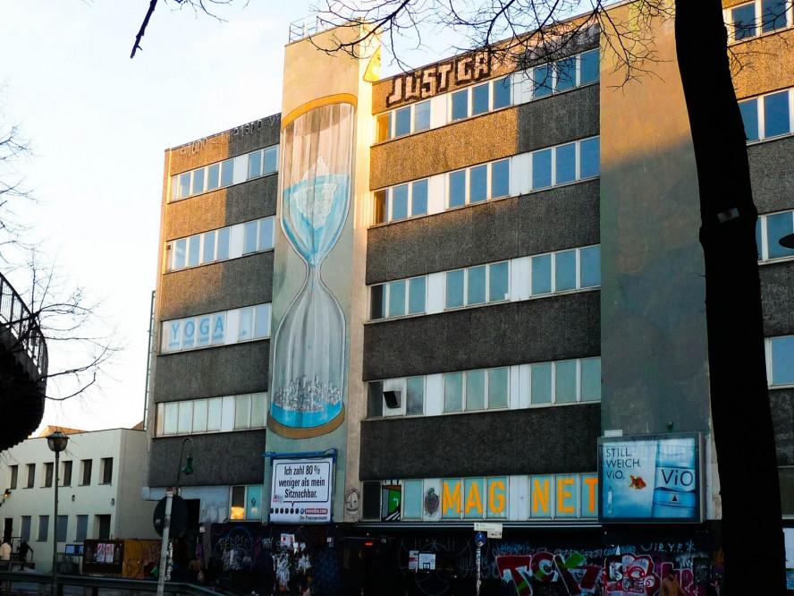 blu mural falkensteinstrasse / jan 2011