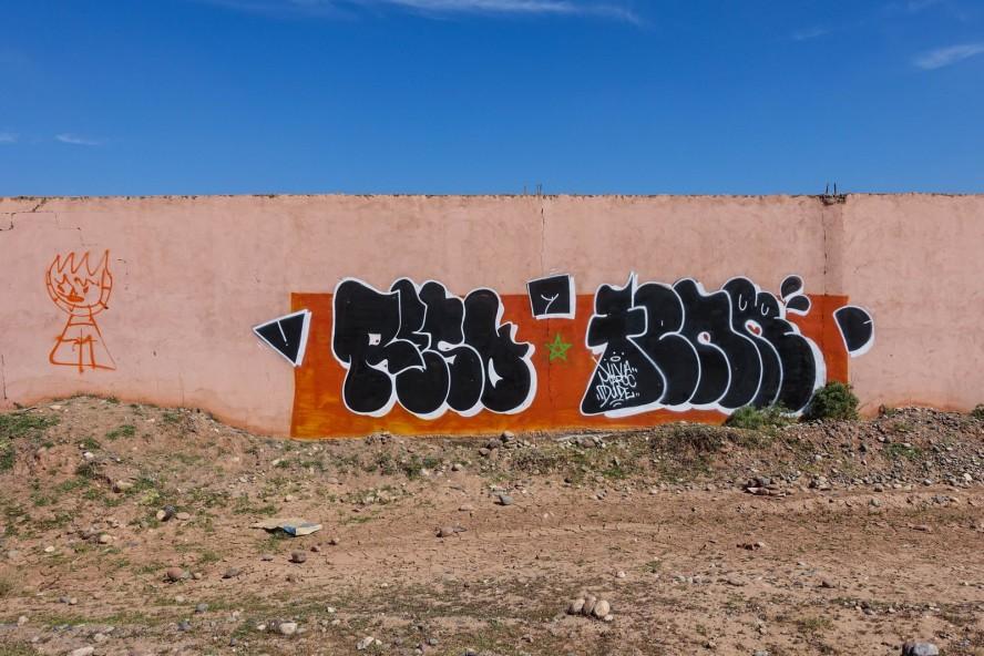 jardin-rouge-marrakech-streetart-around-graffiti-reso