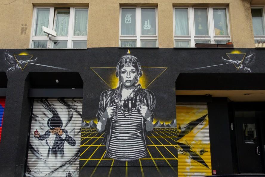 stencil | tank petrol | urban nation . bülowstrasse - berlin