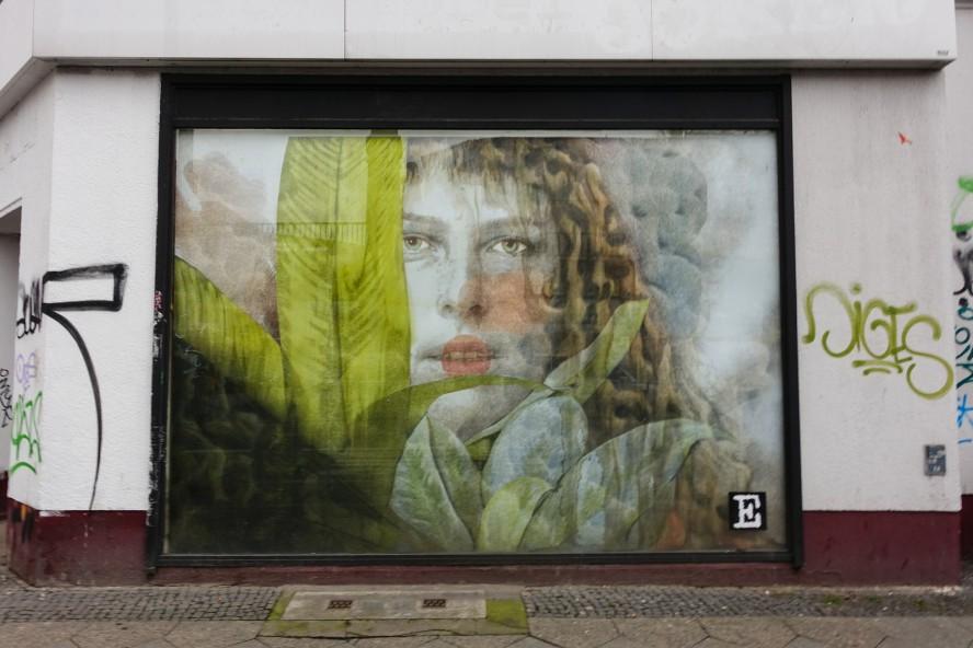 streetart | specter | urban nation . buelowstrasse - berlin