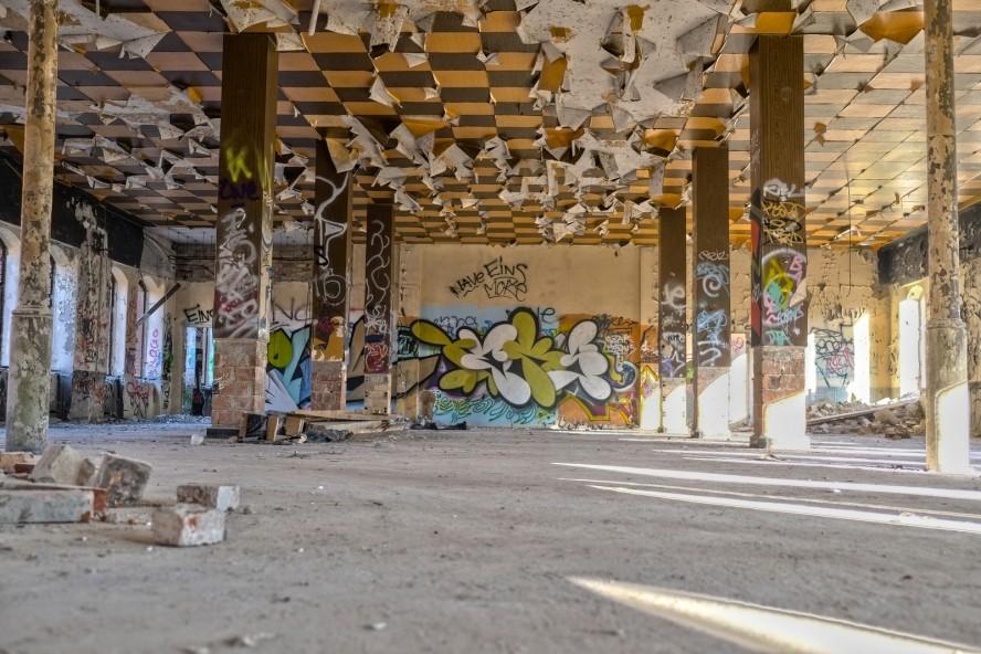 graffiti - urbex - veb rewatex / schindler berlin köpenick