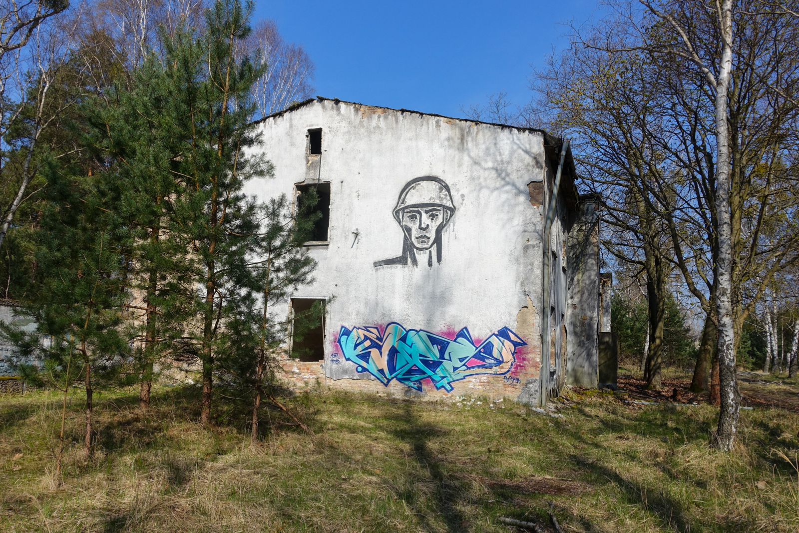 ghost town vogelsang – a russian barracks in the middle of forest