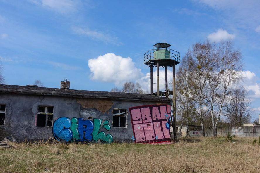 graffiti - wachturm geisterstadt vogelsang - verlassene russische kaserne