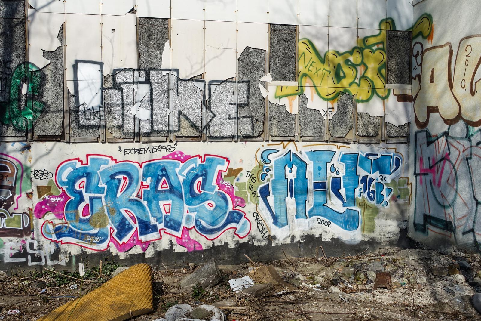 graffiti eras alf prenzlauer berg berlin urbanpresents. Black Bedroom Furniture Sets. Home Design Ideas