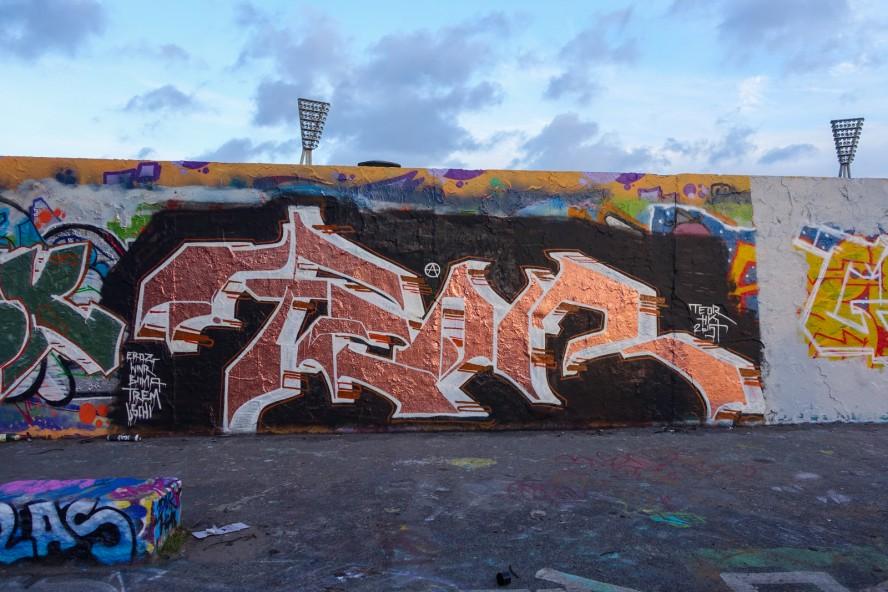 graffiti - teor - mauerpark . berlin . januar 2015