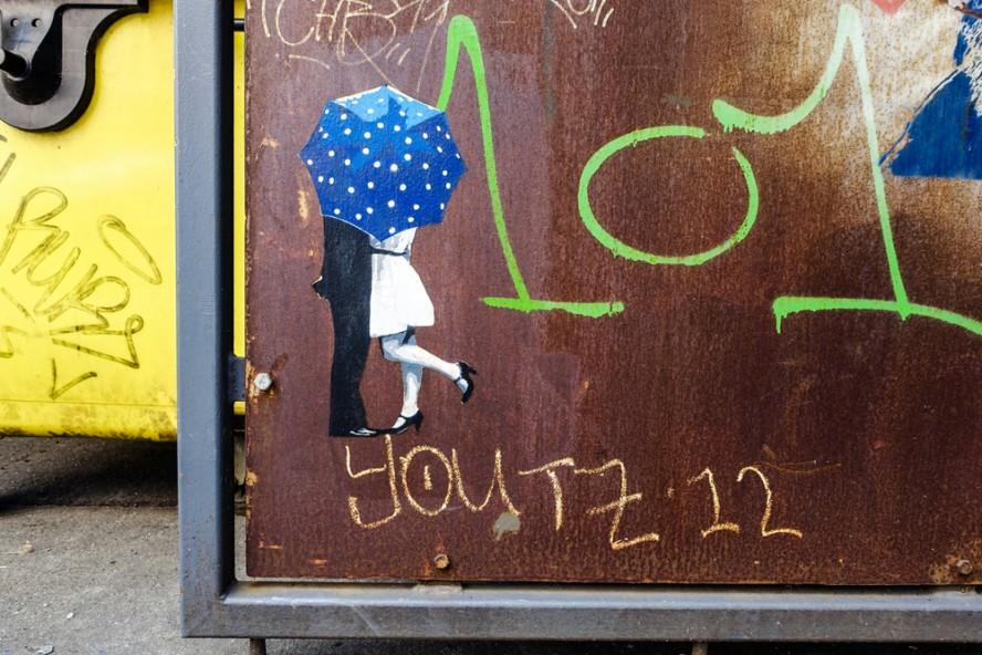 paste up - kastanien allee . berlin