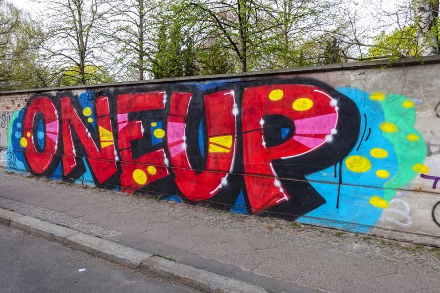 graffiti - 1up - friedrichshain