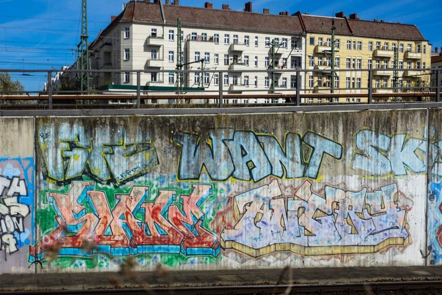 graffiti - fife, angry, slade -  bornholmer brücke, berlin - wedding