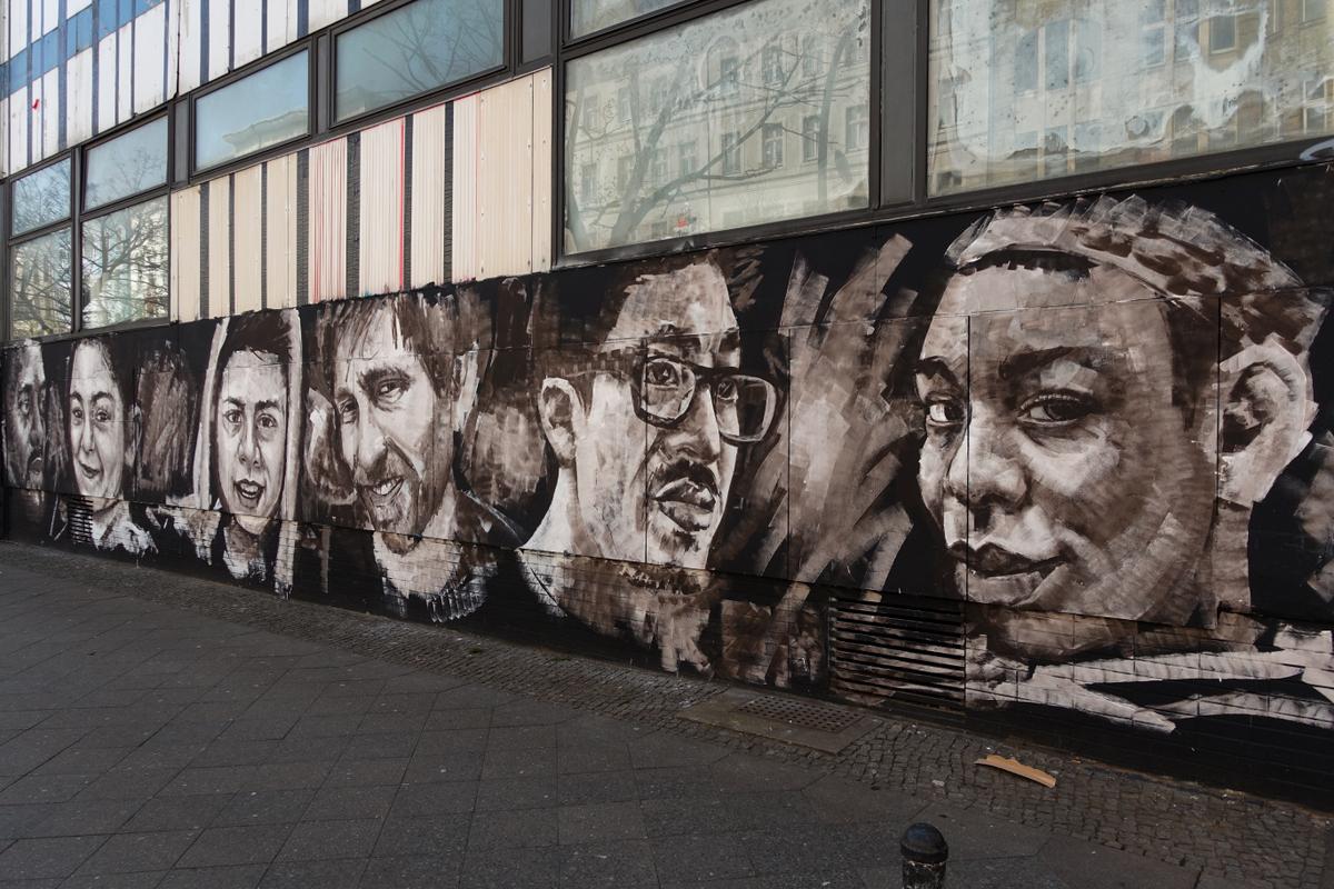 stattbad wedding in berlin – ausstellung von alias & alaniz mural