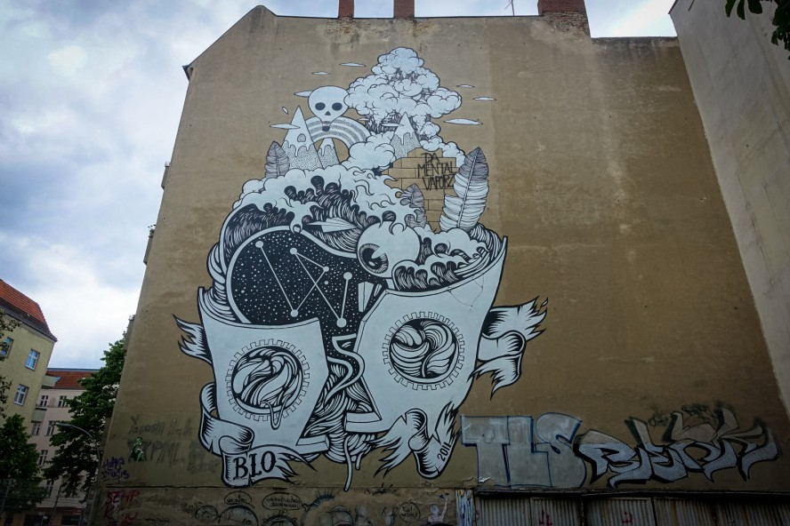 "mural - ""da mental vaporz"" blo - berlin . wedding"
