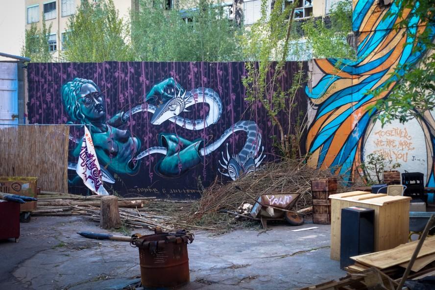 streetart - sokar uno & juliah - yaam, berlin