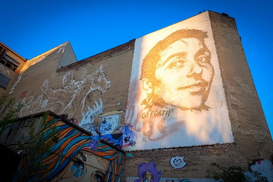 "streetart - vhils ""go forth"" & alaniz - yaam, berlin"