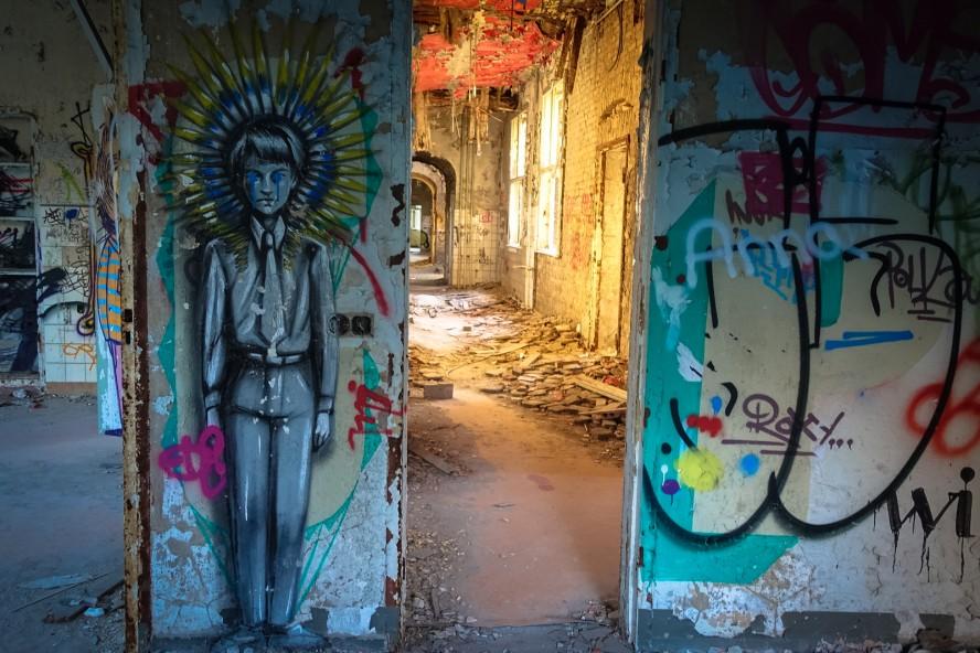 streetart - ale senso - urbex - ehemaliges kinderklinik - weisse