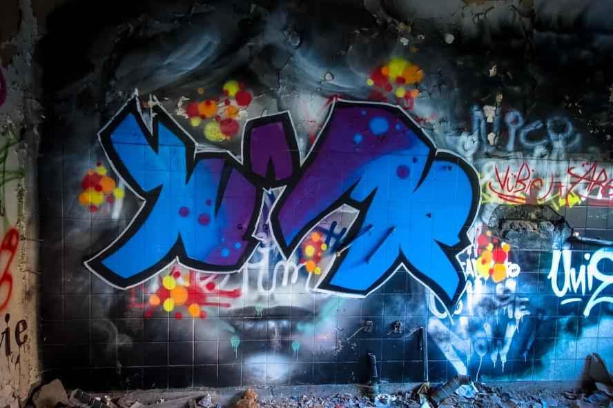 grafitti - urbex - ehmaliges kinderklinik weissensee