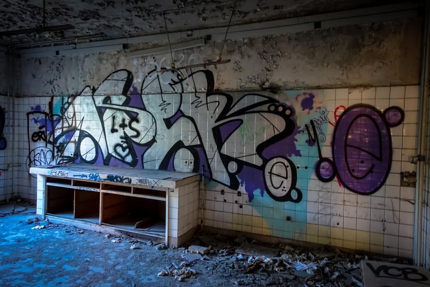 grafitti - asar - urbex - ehemaliges kinderklinik - weissensee