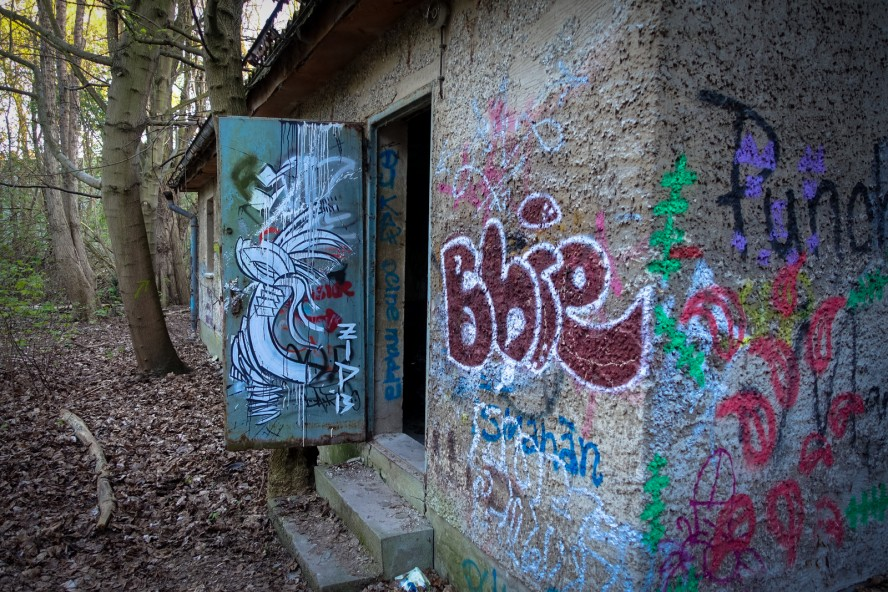 grafitti - zid - urbex - ehmaliges kinderklinik weissensee