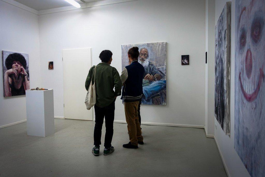 vernissage: alaniz - la calle es un espejo - openwalls gallery