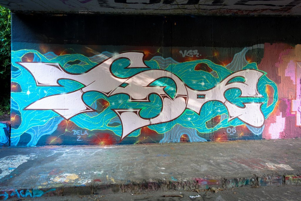 graffiti - dela z - prague, hlubočepy