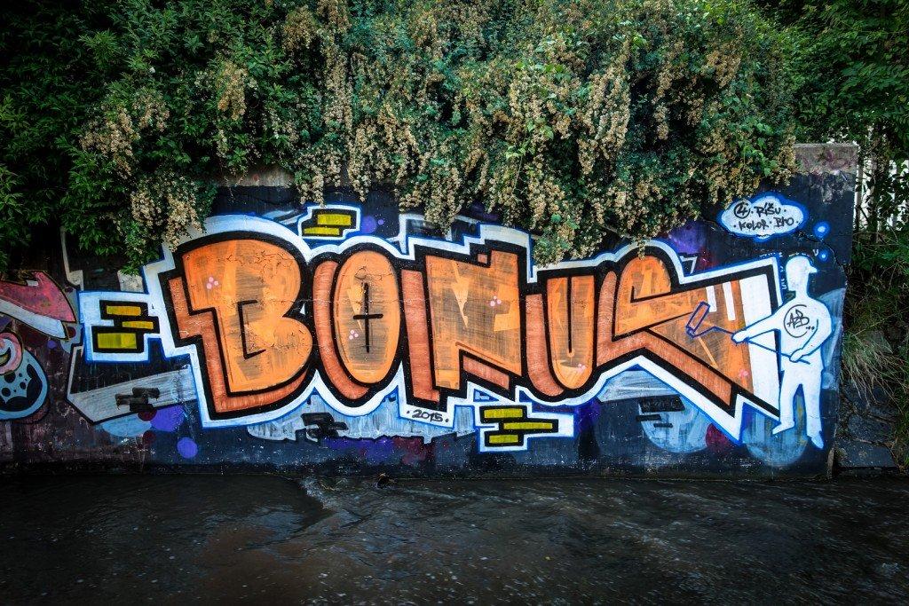 graffiti -  bonus - prague, hlubočepy