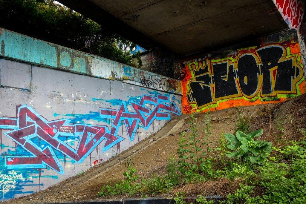 graffiti - zeor + ??? - prag, hlubočepy