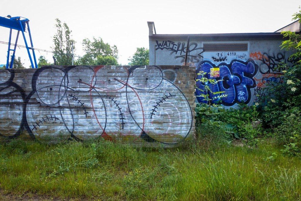 graffiti - gee - prague, na zlíchově