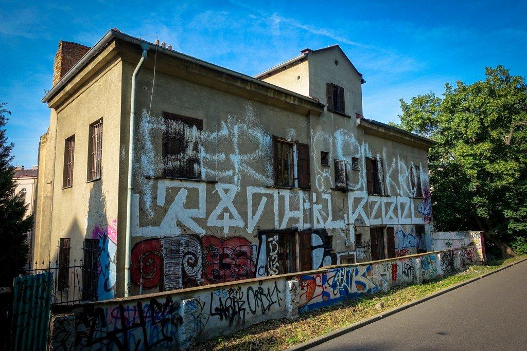 graffiti - prag, usitská