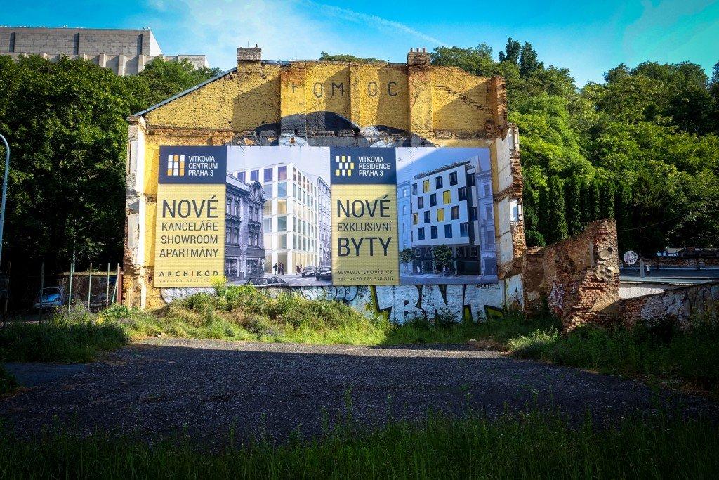 """hidden mural """"franz kafka - pomoc"""" - prag, husitská"""