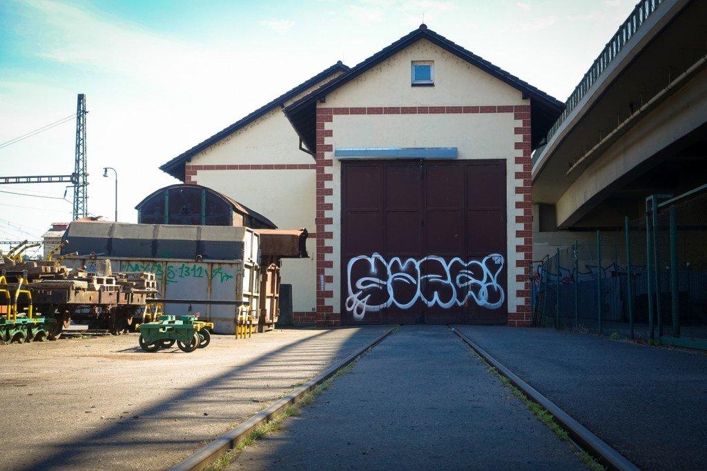 graffiti - prag