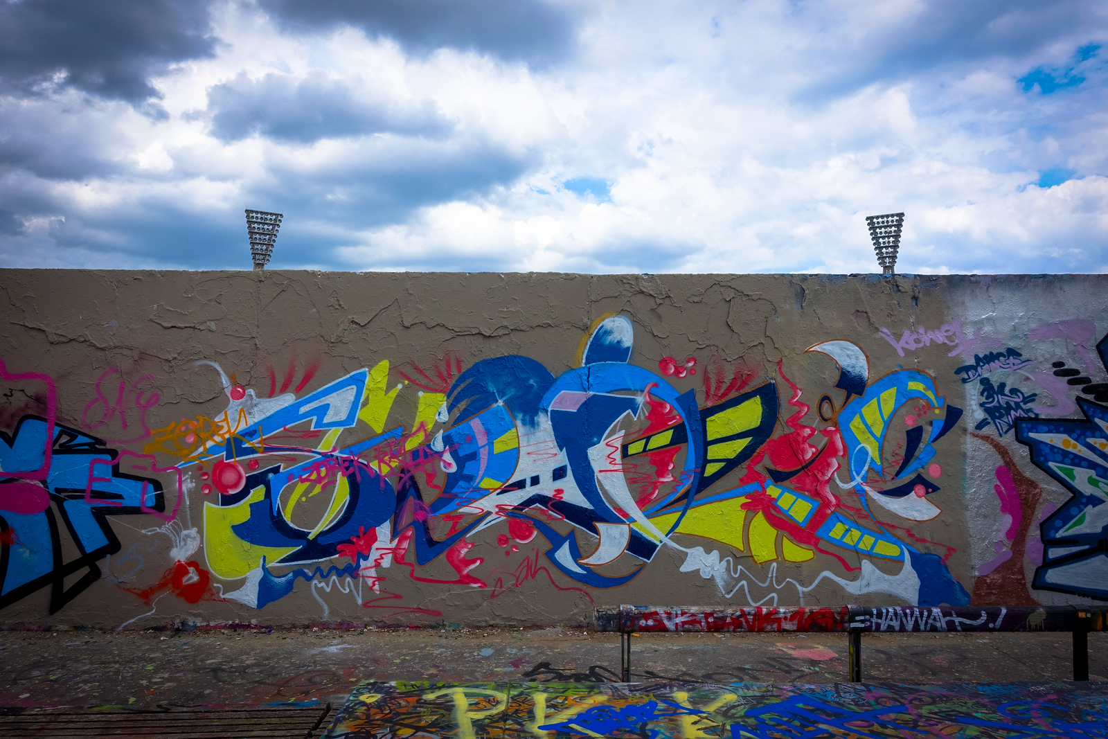 graffiti in mauerpark, berlin juni 2015