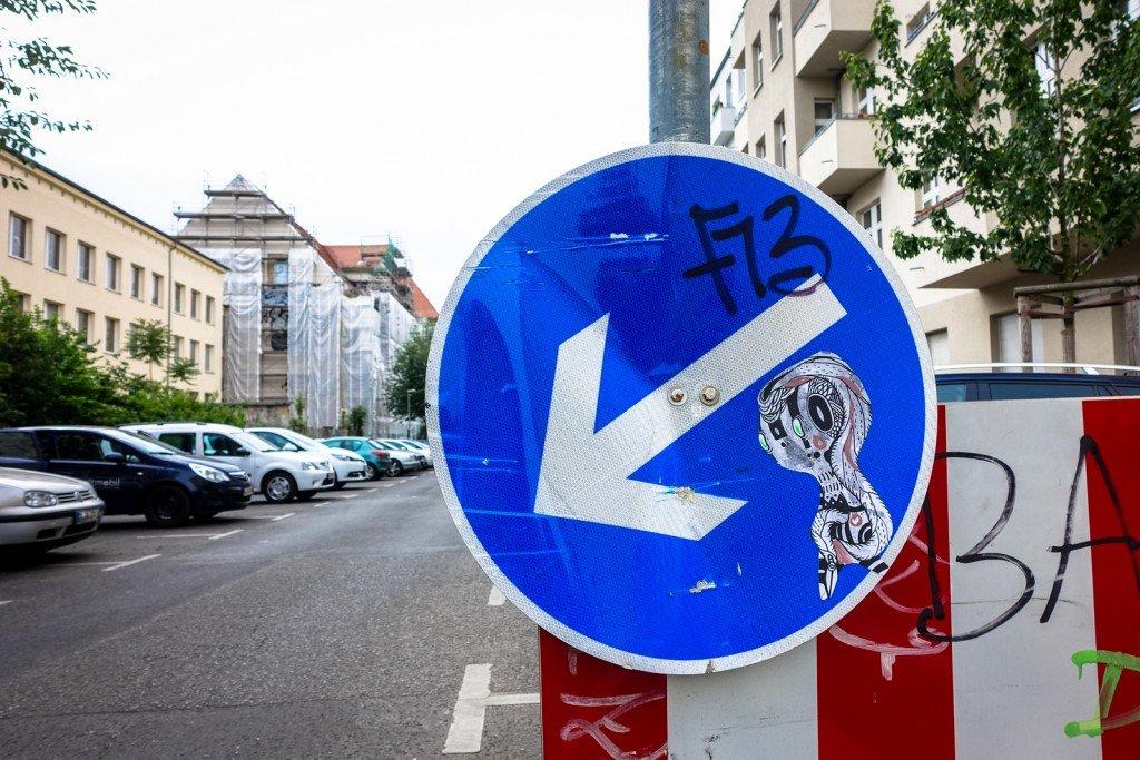 streetart - sam crew - berlin, prenzlauer berg