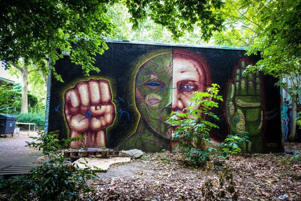 graffiti - wesr, alaniz - berlin, kreuzberg