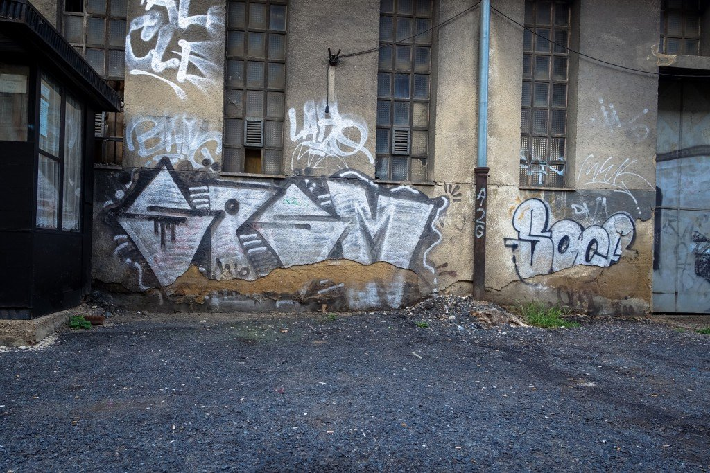 graffiti - spsm - prague, florenc