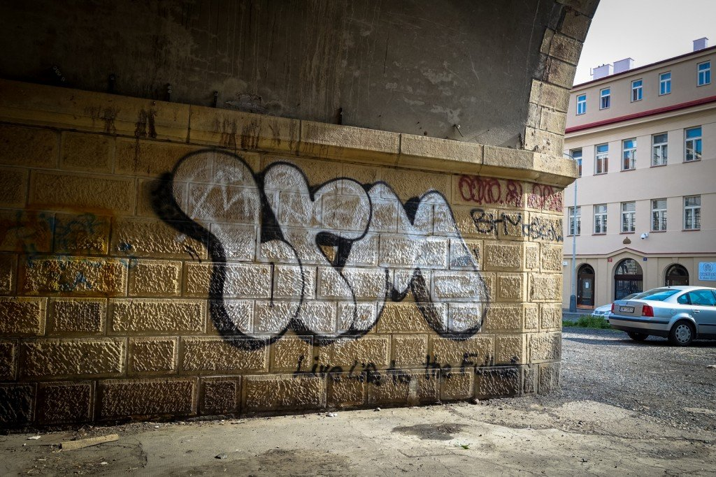 graffiti - prague, florenc