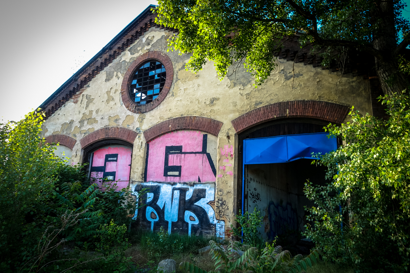 urbex & streetart in prag: bubny & vltavská