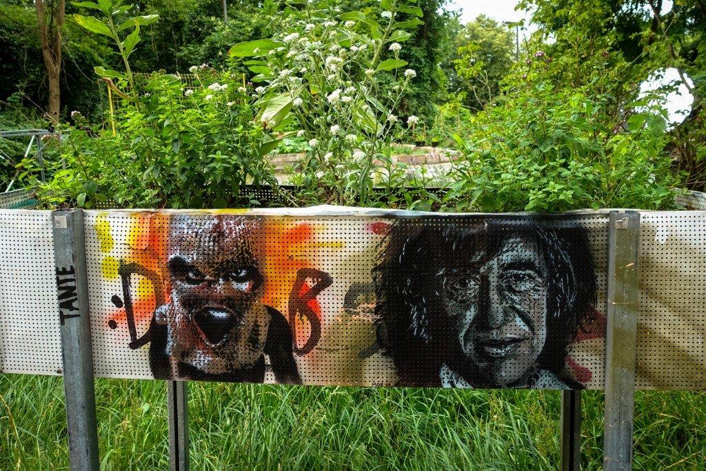 stencil - tante & moe - berlin, teufelsberg