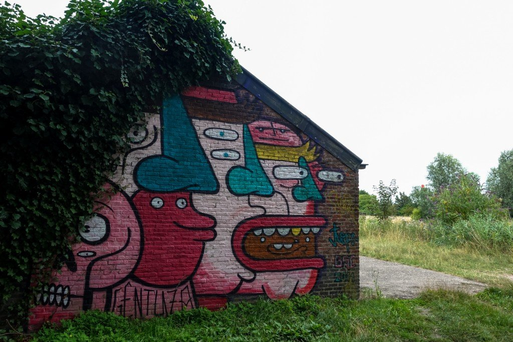 urban art - topo - ghostvillage doel, belgium