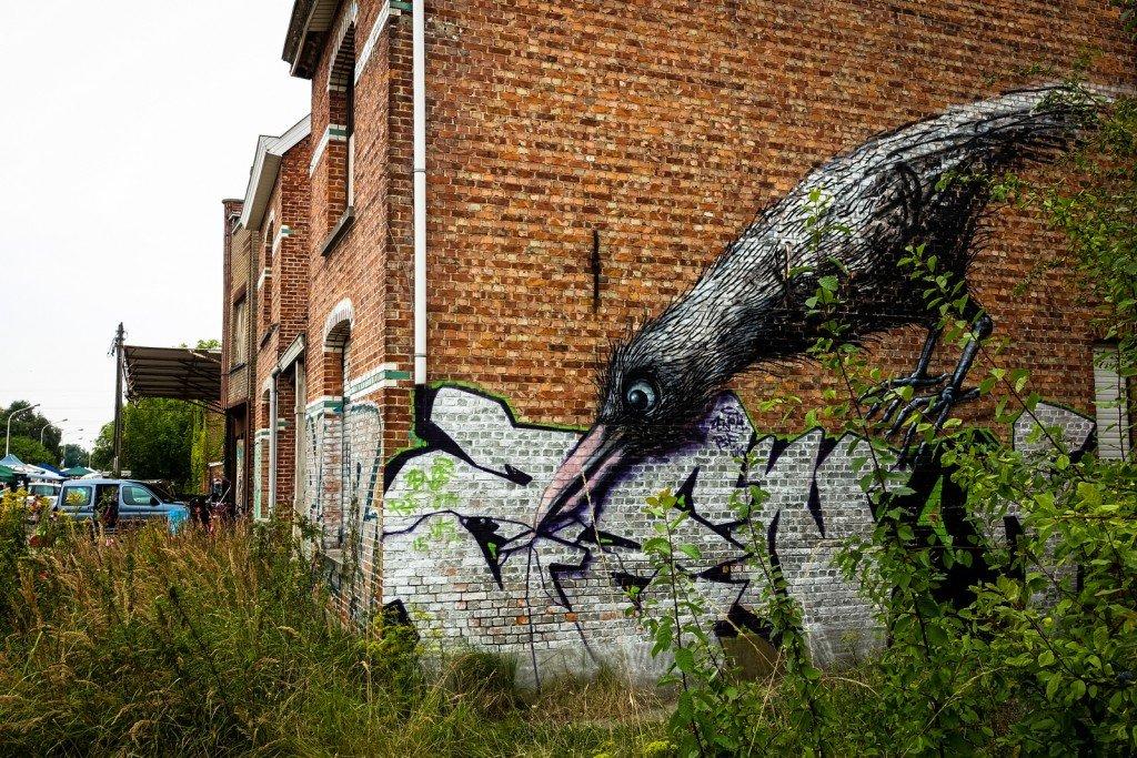 urban art - roa - ghostvillage doel, belgium