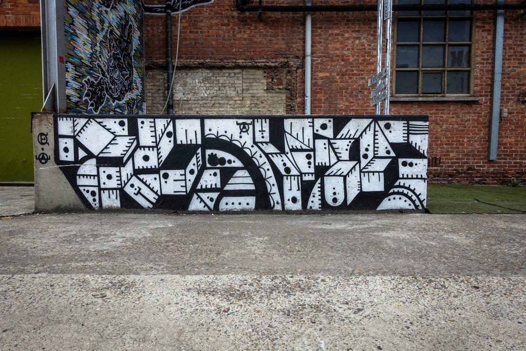 "streetart - ""kerk"" belgium, ghent"