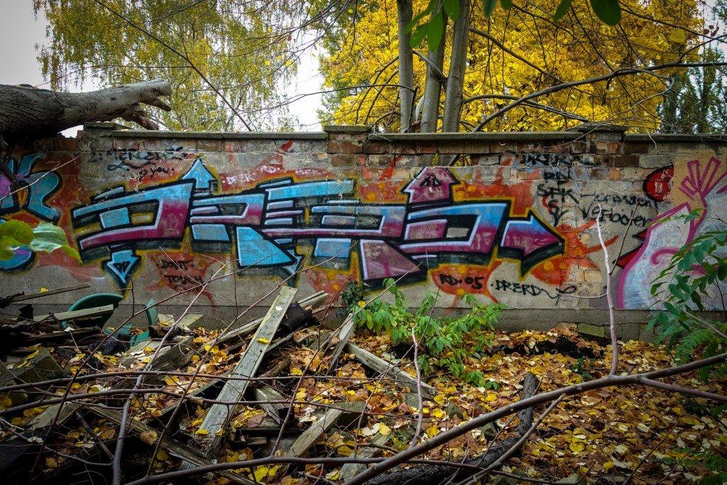 urbex - graffiti - drerd -  johannisthal air field