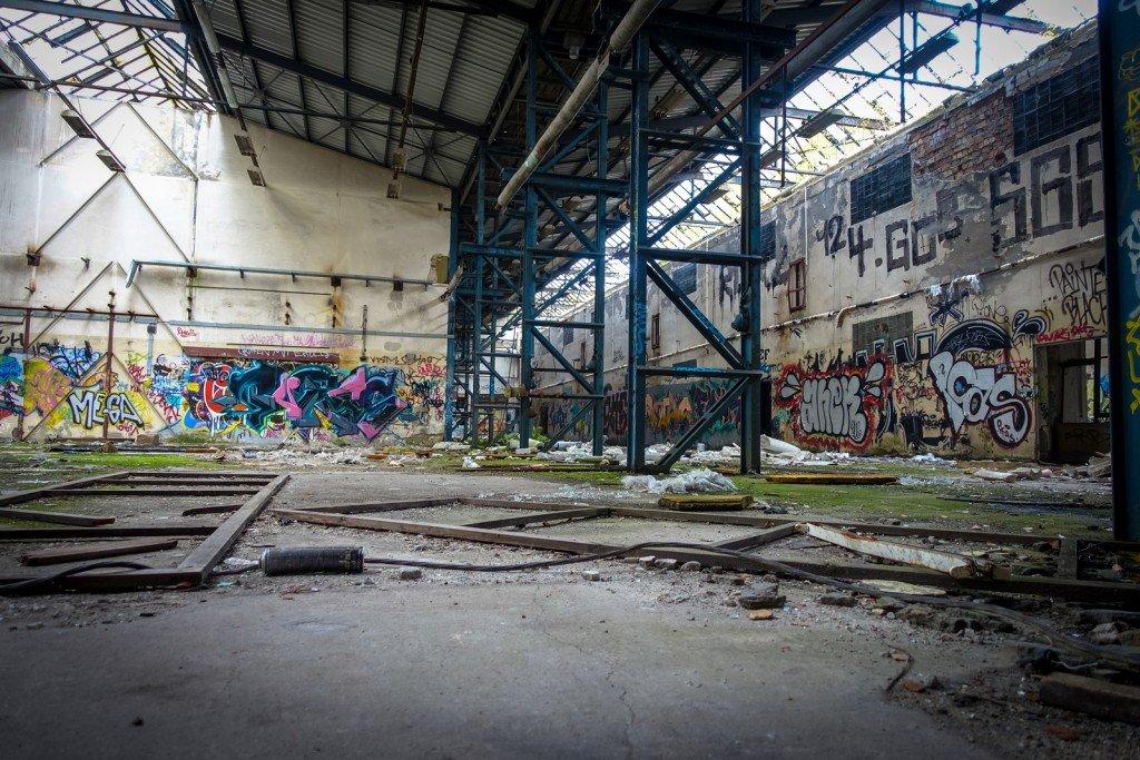urbex - graffiti - johannistal air field