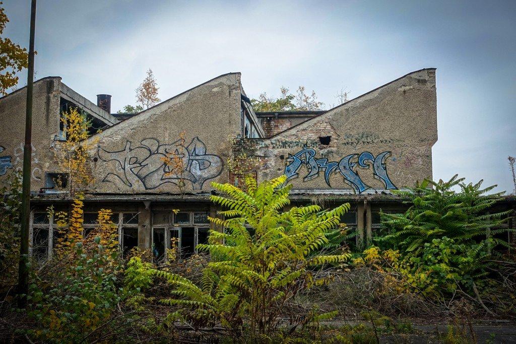 urbex - graffiti - frey - johannisthal air field