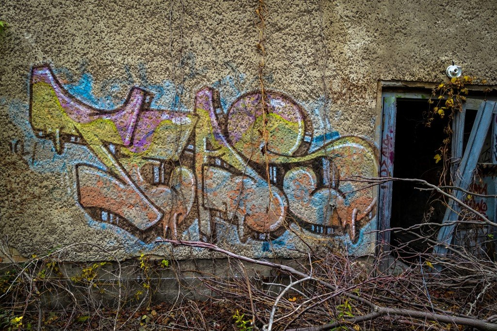 urbex - graffiti - teas - johannisthal air field