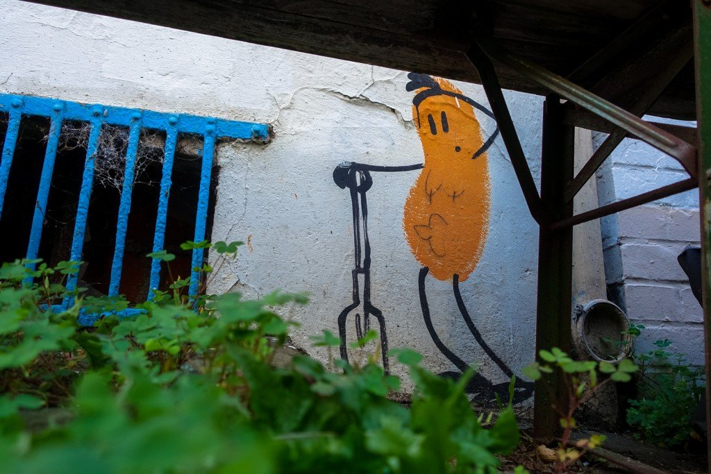 street art - dave the chimp - hamburg, karoviertel