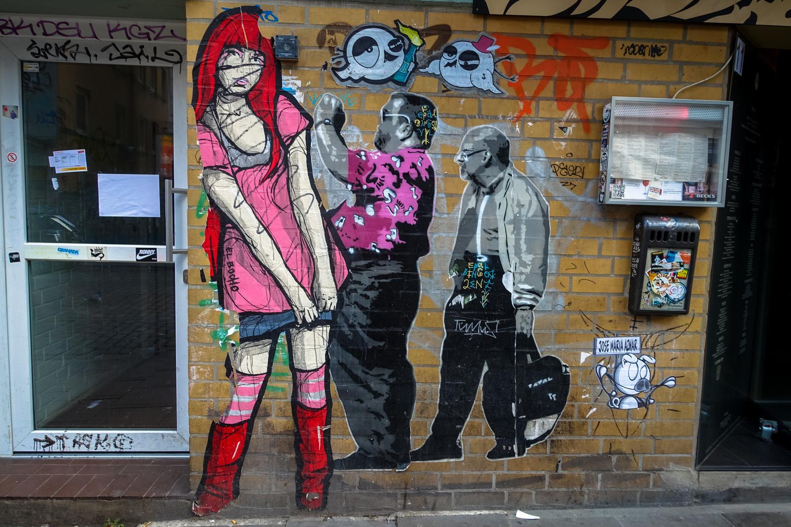 paste ups in hamburg sternschanze, sept 2015 | URBANPRESENTS