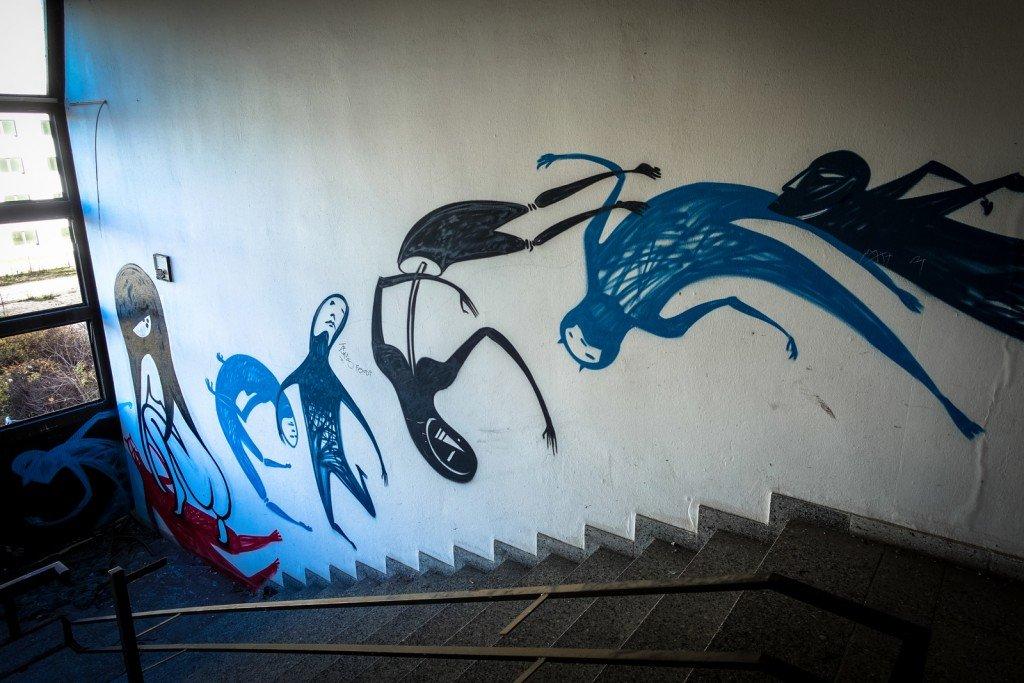 graffiti urbex - nineta & wesr - ehemaliges sporthotel, sportforu