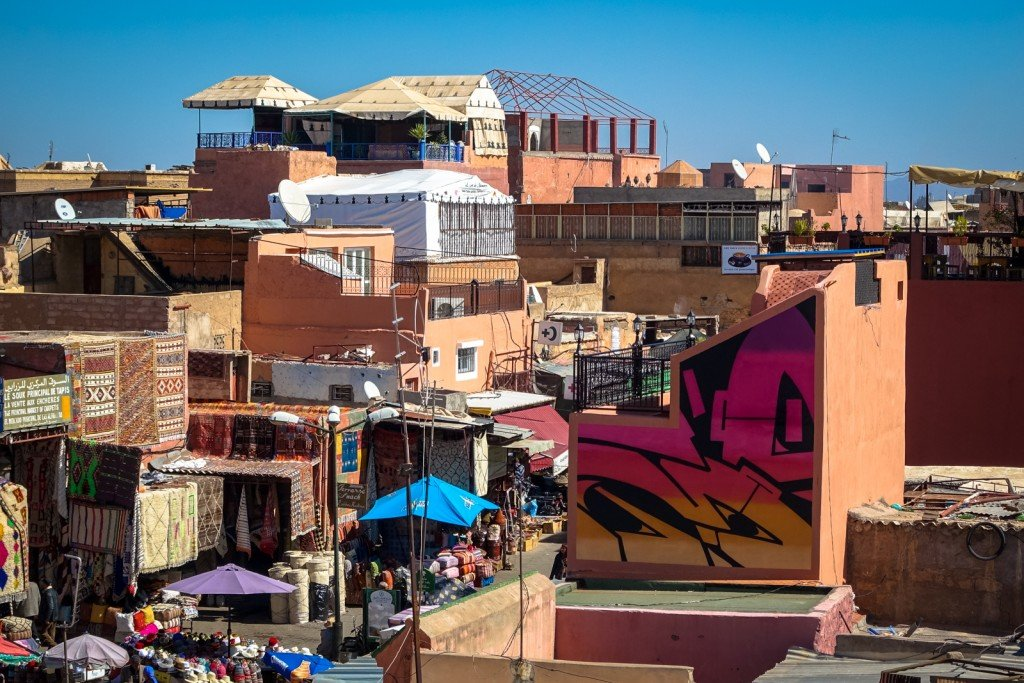 mural - yesbee - marrakech, place des epices