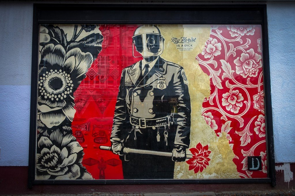 urban art shepard fairey berlin b lowstrasse. Black Bedroom Furniture Sets. Home Design Ideas