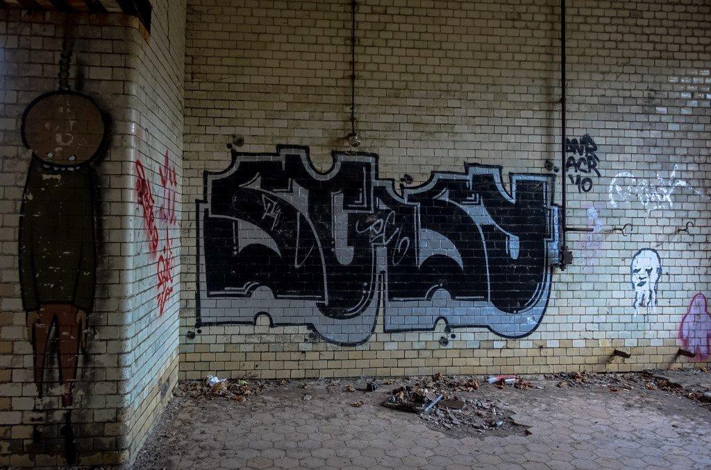 graffiti - stasy - beelitzer heilstätten, dez 2015