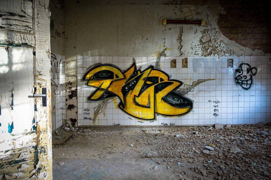 graffiti - beelitzer heilstätten, dez 2015